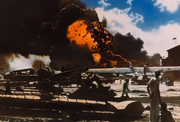 hawaiian-airfield-attack