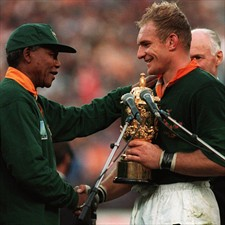Nelson Mandela congratulates Springboks Captain Francois Pienaar following South Africa's victory in the 1995 Rugby World Cup.