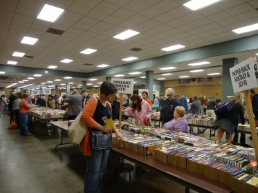 "Friends Book Sale shoppers find bargains during ""Friends Night"" 2011"