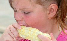 Girl-Eating-Corn-on-the-Cob