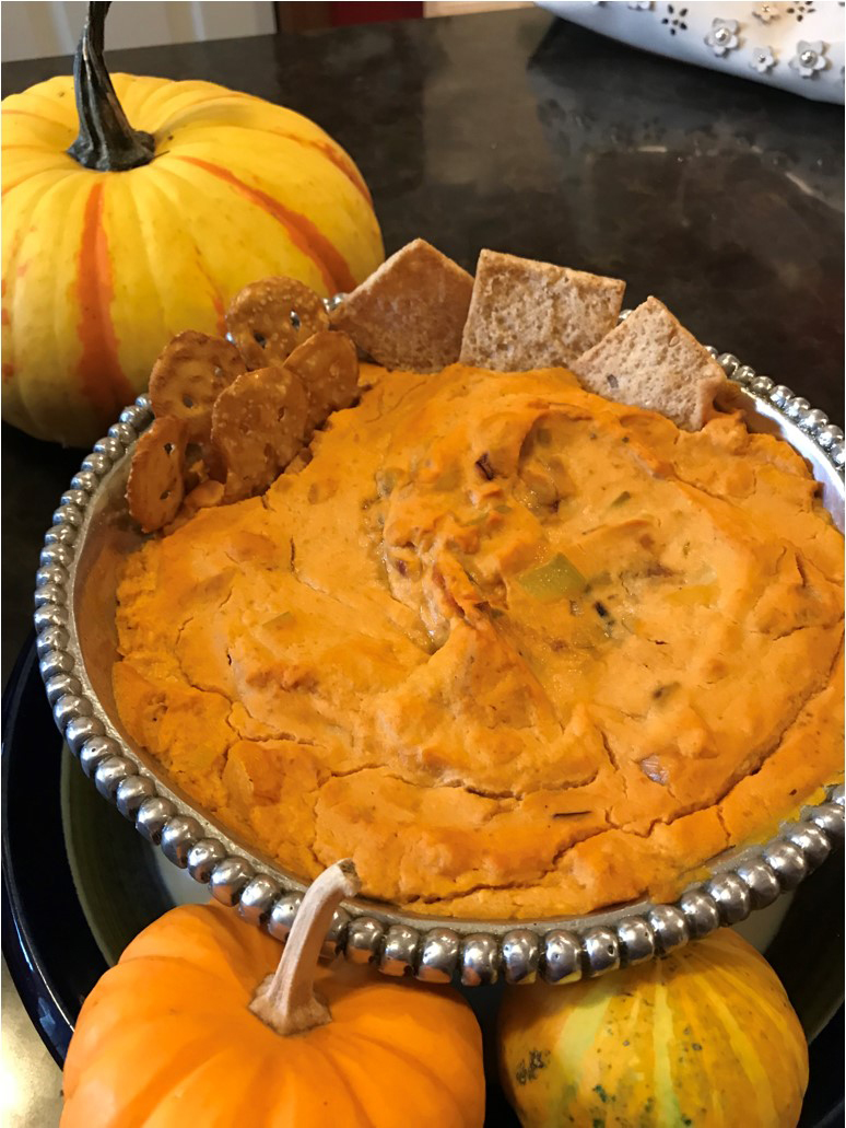 completed pumpkin dip