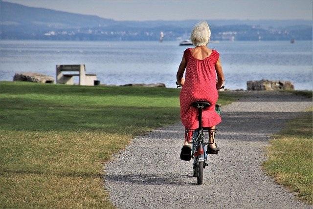 Womanbicyclist