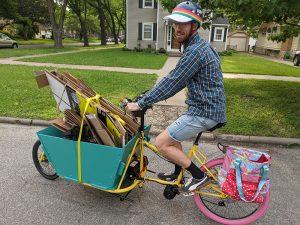taking recycling by cargo bike